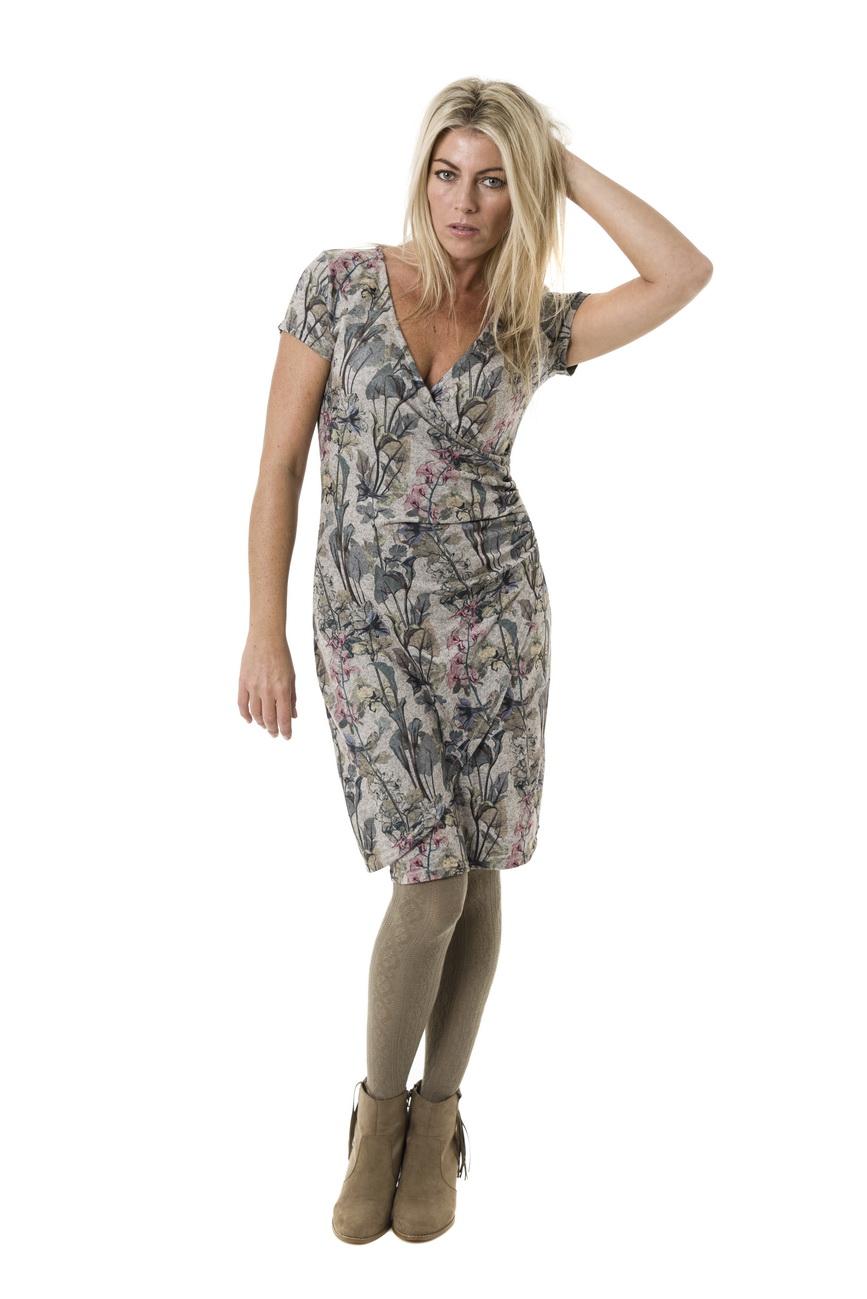 46eb999c9830 Smash AVELINA krátké šaty béžové se zeleným květinovým vzorem