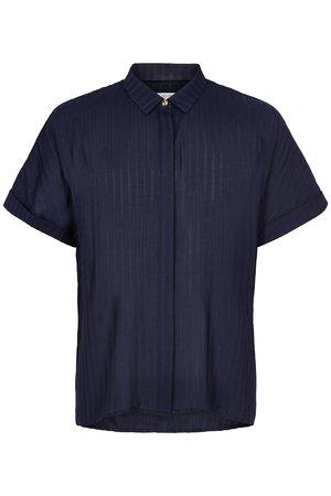 NÜmph 7419013 MAHALIA Dámská košile 3038 SAPPHIRE tmavě modrá