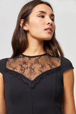 Surkana 560SPON715  Dámské šaty černá