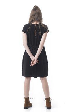 Mamatayoe Noir Dámské šaty černá